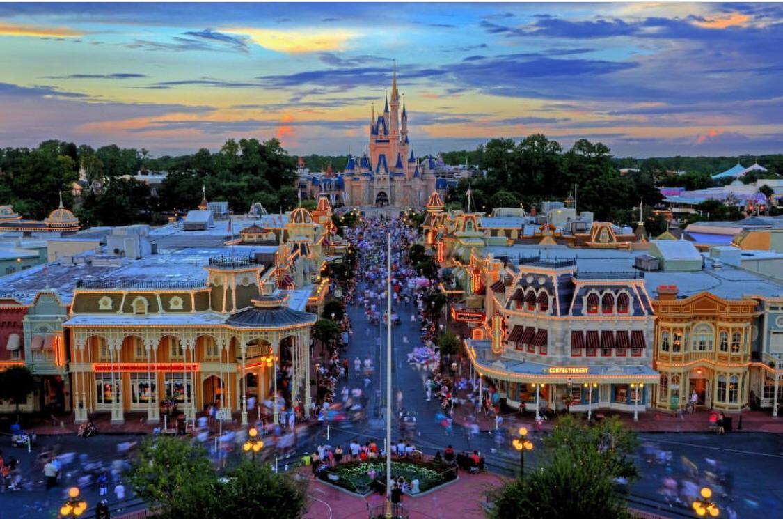 Conheça a Main Street e os diversos castelos dos parques Disney 22