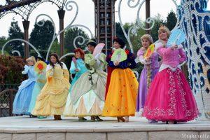 Conheça os incríveis shows e atrações na  Main Street da Disneyland Paris 30