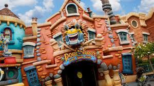 Encontre a casa do Mickey e de outros personagens da Disney no TOONTOW na Disneyland Tokyo 6