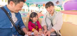 Conheça a mágica Fantasyland da Disneyland Tokyo 8