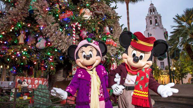 A festa de Natal do complexo Disney na Califórnia 4