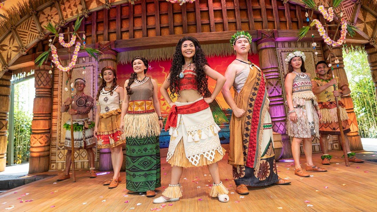 OS shows e paradas da Disneyland Hong Kong 30