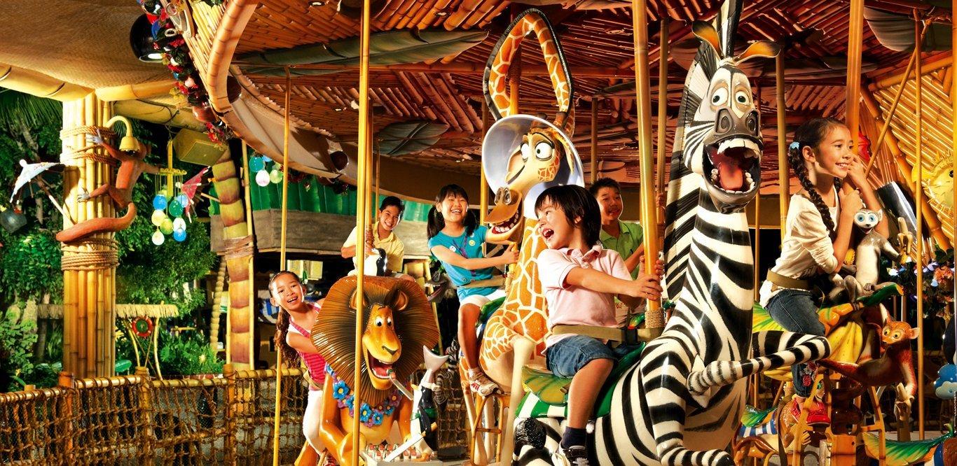 Conheça a incrível área de Madagascar na Universal Studios Singapura 26